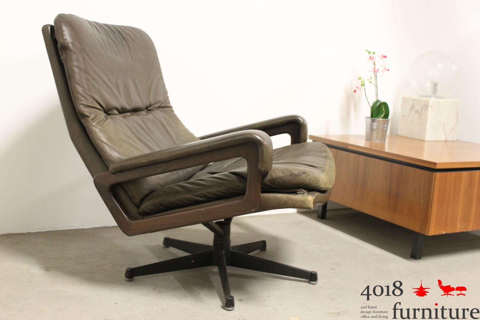 str ssle king chair king pouf andre vandenbreuck lounge. Black Bedroom Furniture Sets. Home Design Ideas